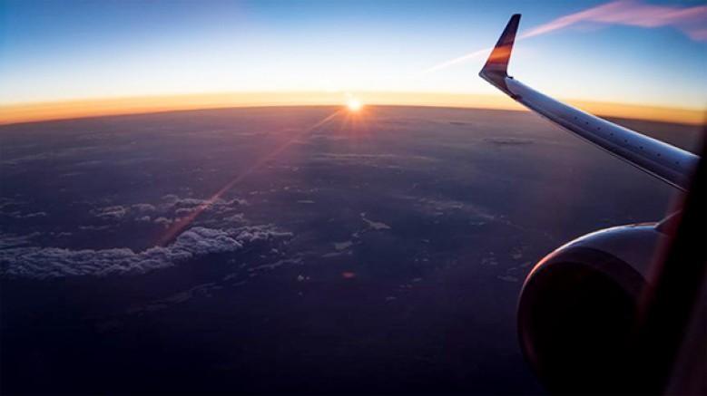 ABD; İran hava sahasında, Amerikan havacılık firmalarının uçuşlarına yasak getirdi
