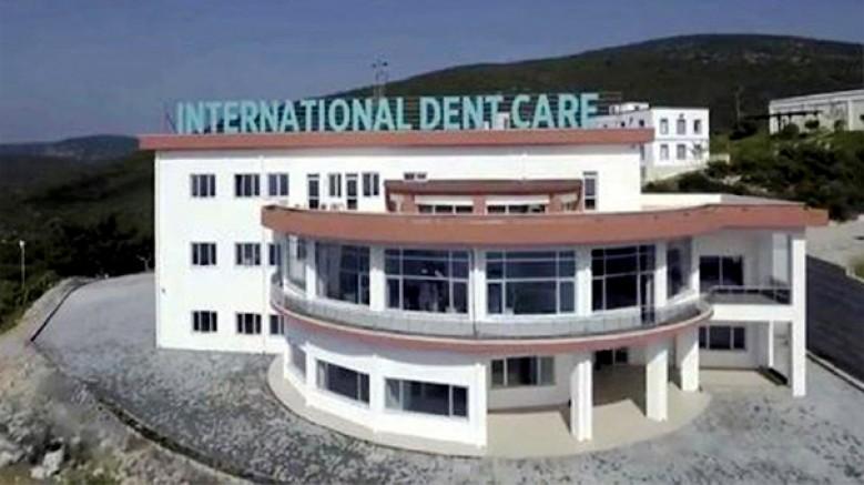 ADÜ Rektörü, Kuşadası International Dent Care Diş Polikliniği'ni kapattı