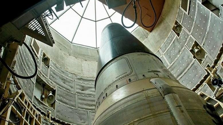 Çin, havadan, karadan ve denizden nükleer füze fırlatma imkânına sahip olacak
