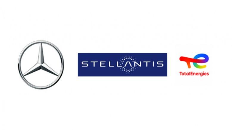 Mercedes-Benz, Stellantis ve TotalEnergies'in batarya şirketi Automotive Cells Company'ye ortak oluyor