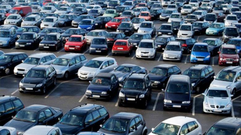 Otomobil üreticileri, pozisyonlarını güçlendirme baskısı altında