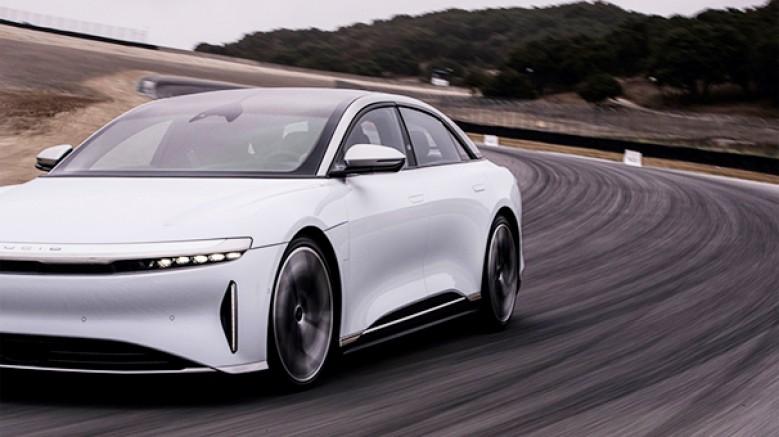 Pirelli, özellikle elektrikli veya hibrit otomobiller ve SUV'lar için geliştirdiği ilk yüksek taşıma kapasiteli lastiğini tanıttı
