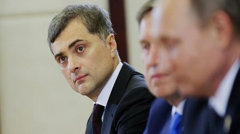 Putin'in danışmanlarından, 'gri kardinal' lakablı Surkov görevden alındı