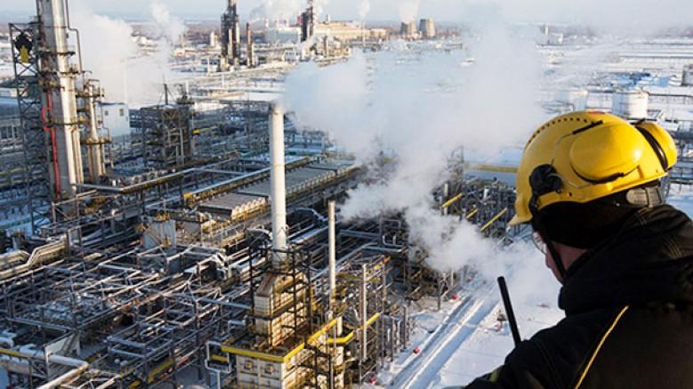 Rusya: 'Üretim kısıntısı uzatılmazsa petrol fiyatları düşebilir'