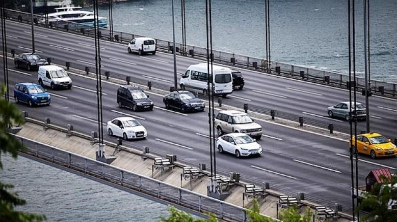 Servis ve toplu taşıma araçları 15 Temmuz Şehitler Köprüsü'nden geçebilecek