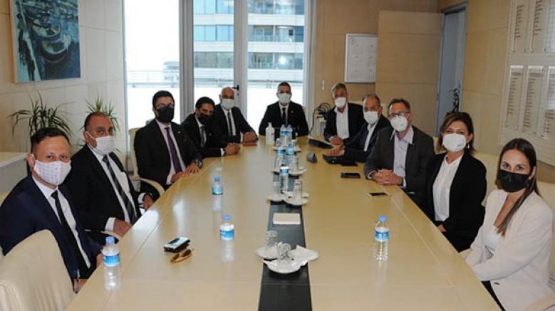 SunExpress Ceo'su Dr. Max Kownatzki, Ege Genç İş İnsanları Derneği-EGİAD'ı ziyaret etti