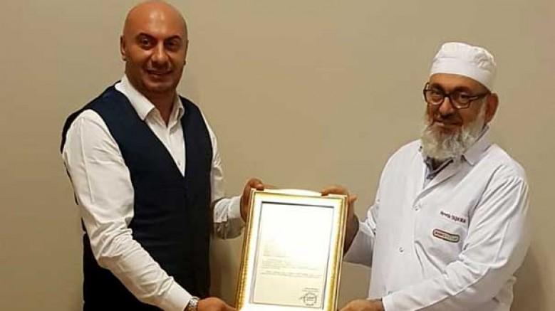 Türk Dönerinin duayenine duygulandıran Ödül